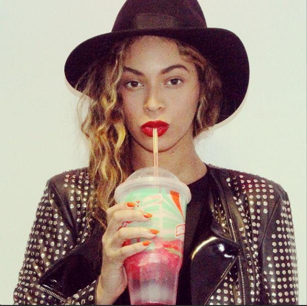 Jeszcze nikt tak nie pojechał po Beyonce? (VIDEO)