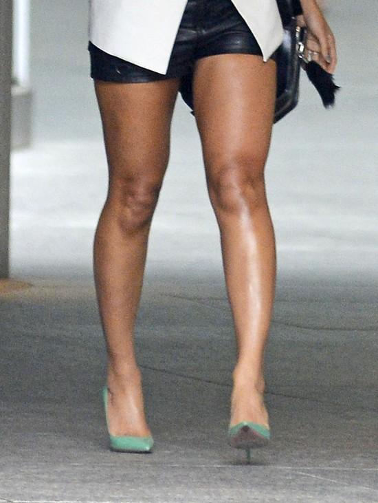 Nogi Beyonce to zdecydowanie jej najs�abszy punkt (FOTO)