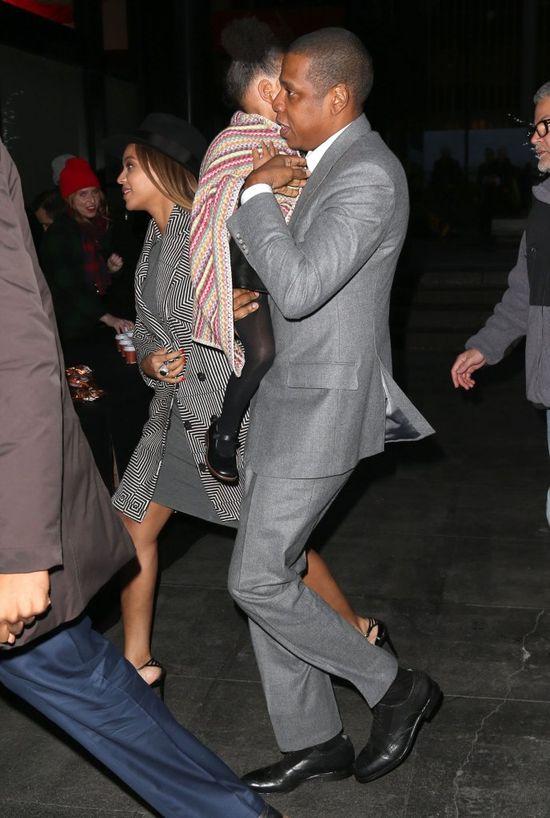 Beyonce i Jay Z zabrali córeczkę do kina (FOTO)