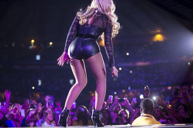 Rihanna nabija się z Beyonce (FOTO)