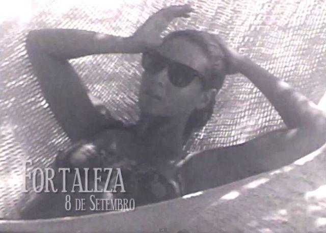 Beyonce w bikini w gorących piaskach Brazylii (VIDEO)