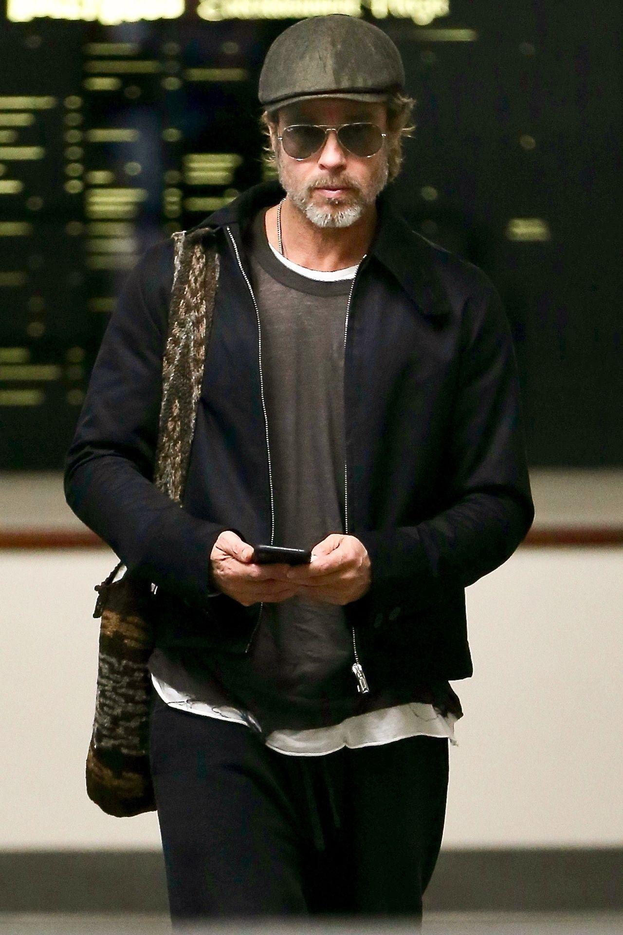 Brad Pitt spędził święta z czwórką swoich dzieci - dwoje nie chciało go widzieć