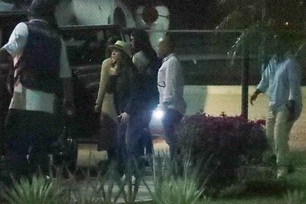 Jennifer Aniston musiała lądować awaryjnie. ZDJĘCIA