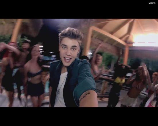 Dawid Kwiatkowski skopiował od Biebera pomysł na klip? VIDEO
