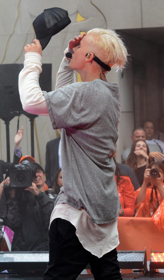Justin Bieber jak Tilda Swinton (FOTO)