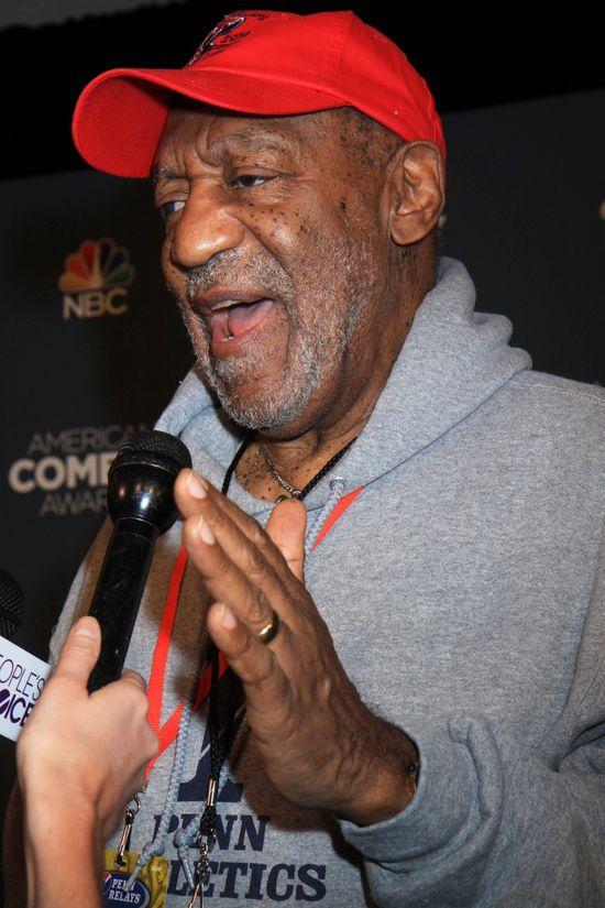 Bill Cosby postanowi� przerwa� milczenie (Twitter)