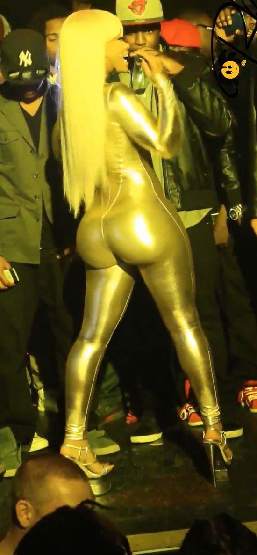 Blac Chyna - NAJWIĘKSZA pupa w showbiznesie? (FOTO)