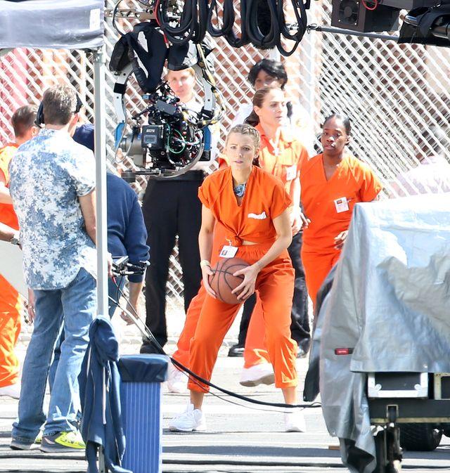 Blake Lively nawet w stroju więźnia wygląda jak milion dolarów