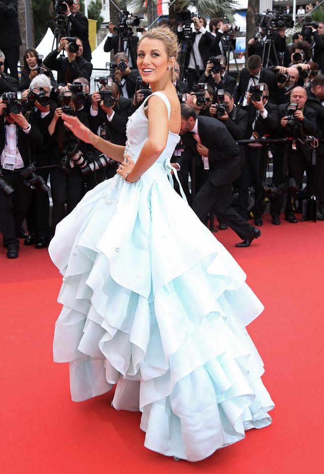 Blake Lively wyglądała w Cannes jak KSIĘŻNICZKA! (FOTO)