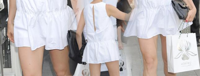 Mała Biała Sukienka
