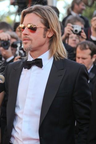 Brad Pitt tylko z bronią czuje się bezpiecznie