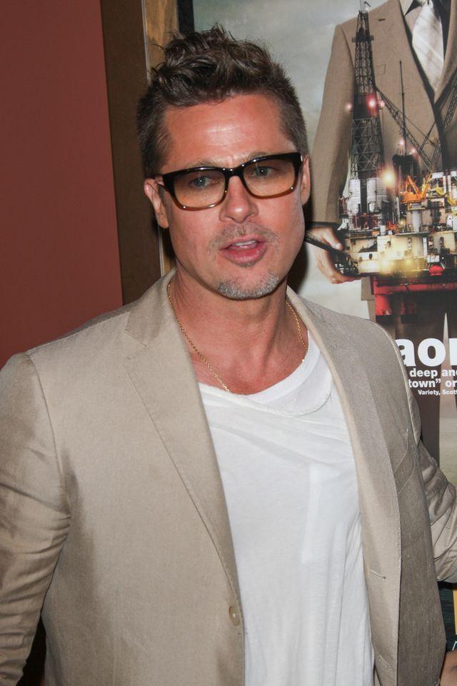 Co zniszczyło przyjaźń Jasona Priestleya i Brada Pitta?