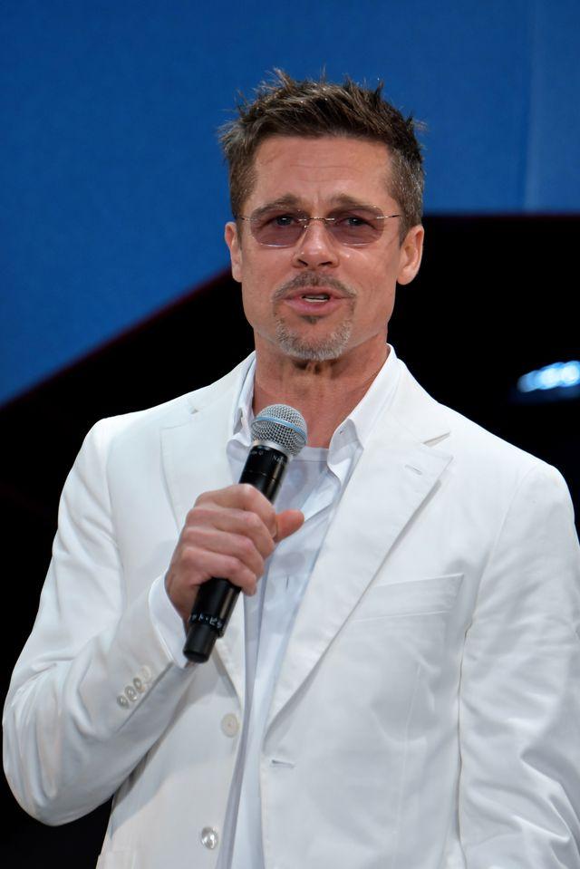 Brad Pitt od 6 miesięcy spotyka się z NIĄ! To nie jest żadna aktorka, tylko...