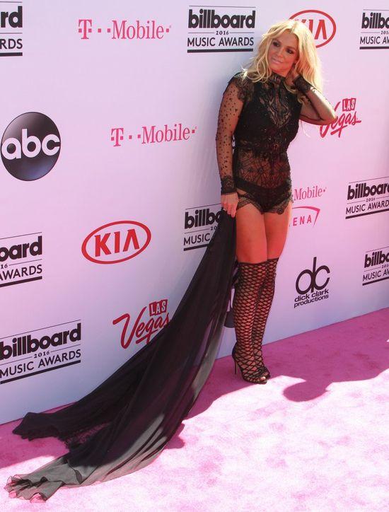 Britney Spears - najbardziej sztuczny uśmiech na imprezie?