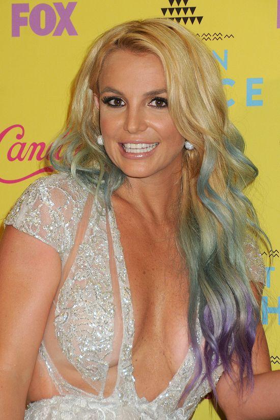 Britney Spears mistrzyni� w odejmowaniu sobie seksapilu?