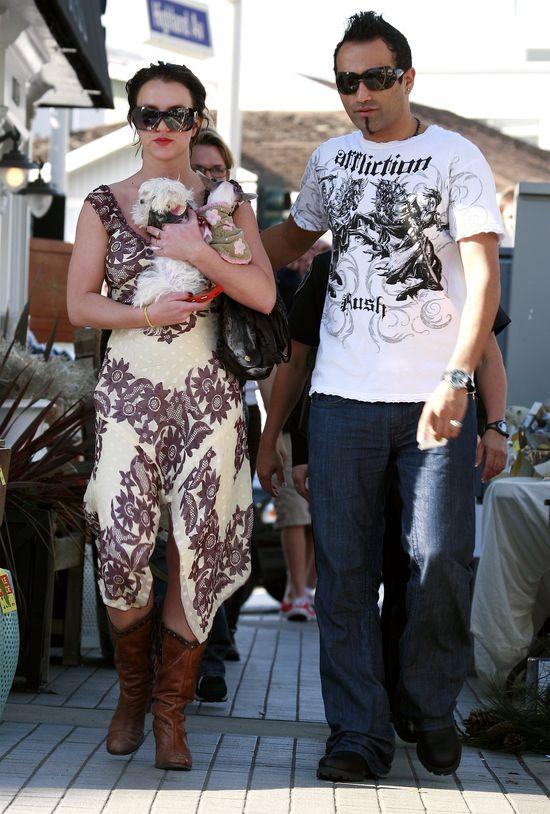 Britney Spears smali cholewy do... (FOTO)