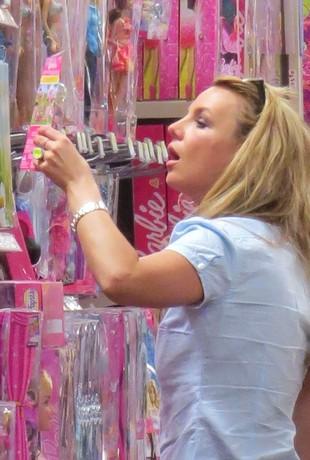 Co Britney porabiała w sobotę? (FOTO)
