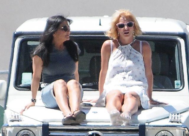 Britney Spears wróciły młodzieńcze lata? (FOTO)