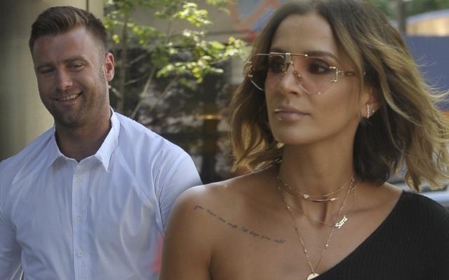 ZDENERWOWANA Sara Boruc z mężem idzie do DDTVN