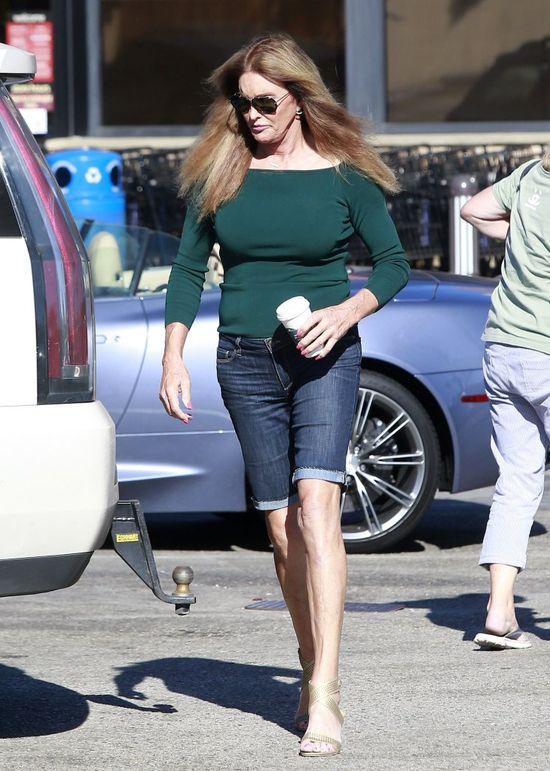 Piersi pani Jenner znowu się powiększyły? (FOTO)