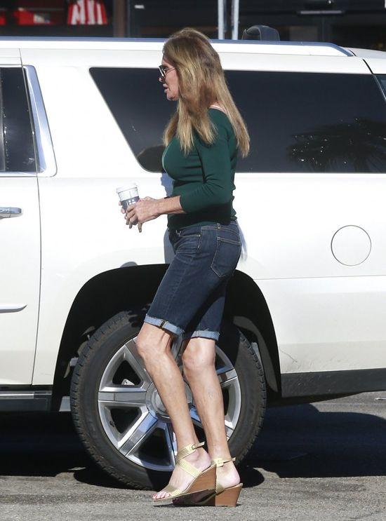 Piersi pani Jenner znowu si� powi�kszy�y? (FOTO)