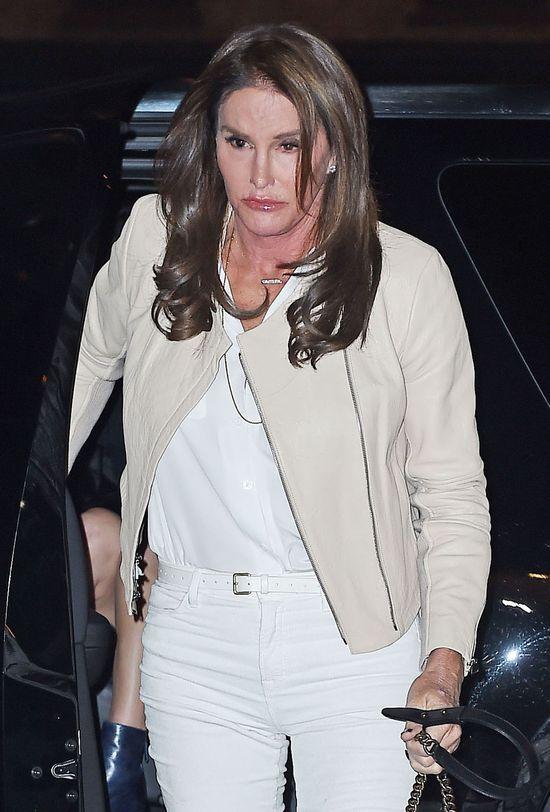 Tak twarz Caitlyn Jenner wygląda z bliska.Bardzo bliska FOTO
