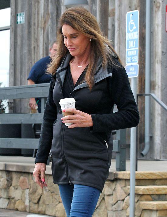 Cailtyn Jenner ma nogi lepsze od byłej żony? (FOTO)