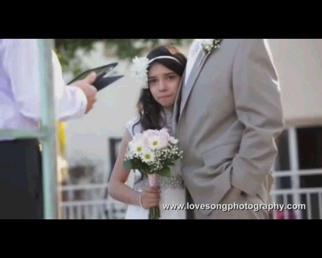 11-letnia dziewczynka na slubnym kobiercu z umieraj�cym tat�