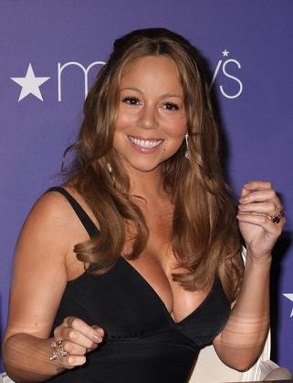 Mariah Carey na karaibskiej plaży