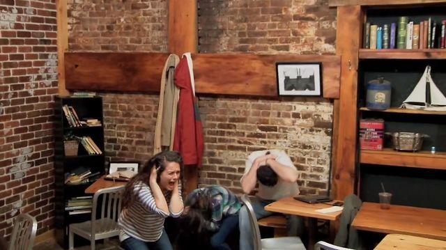 Ludzie latali po ścianach, stoliki same się rozsuwały VIDEO