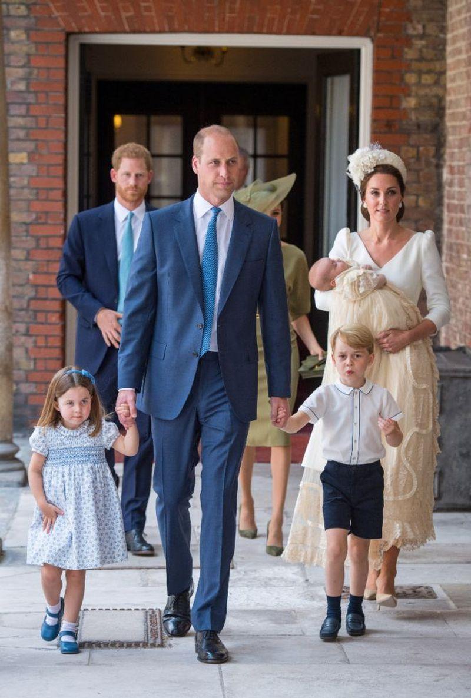 Internauci oszaleli na punkcie NOWEJ fryzury księżniczki Charlotte (ZDJĘCIA)