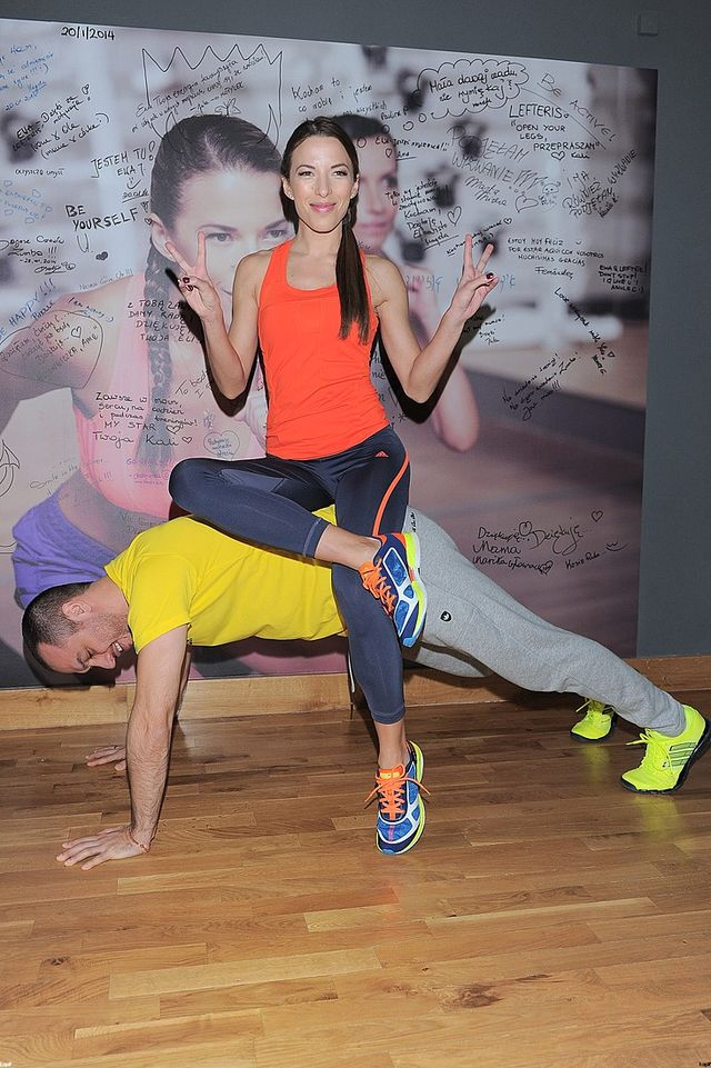 Ewa Chodakowska prowadzi trening w swoim studio (FOTO)