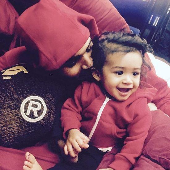 Tak Chris Brown ratuje swój wizerunek (FOTO)