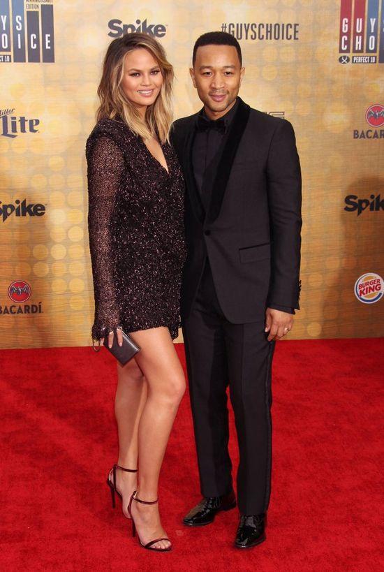 John Legend wspomina pierwsz� randk� z Chrissy Teigen