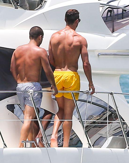 Media naśmiewają się z Christiano Ronaldo (FOTO)