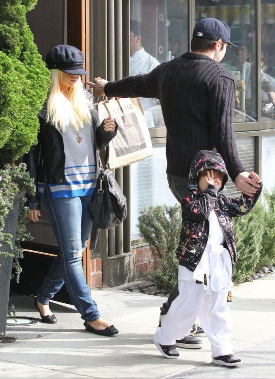 Christina Aguilera: Wolę spędzać czas z synem niż pracować