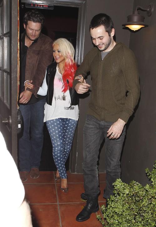 Christina Aguilera nadal eksperymentuje z kolorem (FOTO)