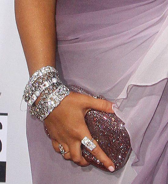 Pupa jak u Kim Kardashian zawojowała czerwony dywan (FOTO)