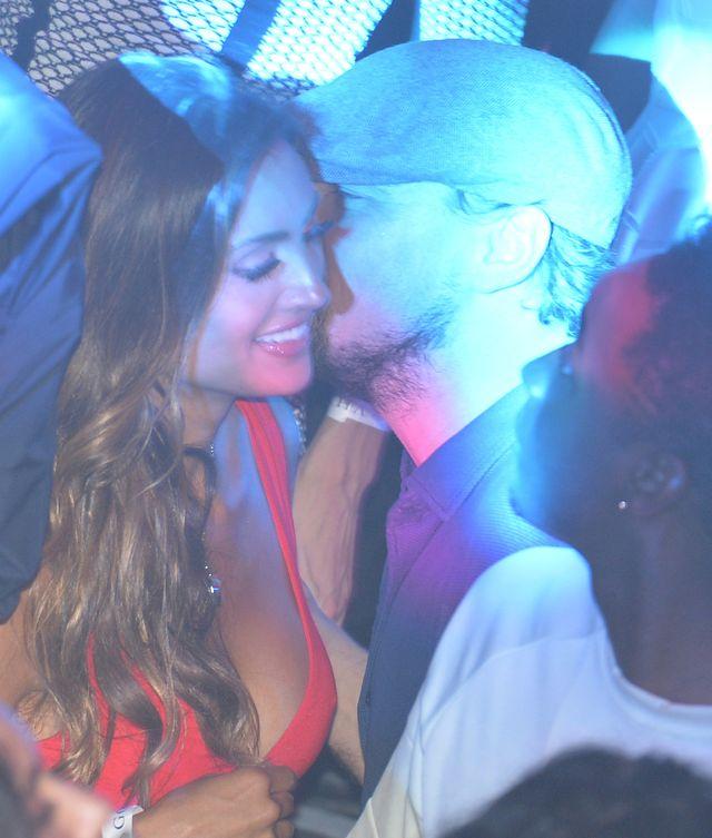 Bawiła się z DiCaprio, jej mąż popełnił samobójstwo