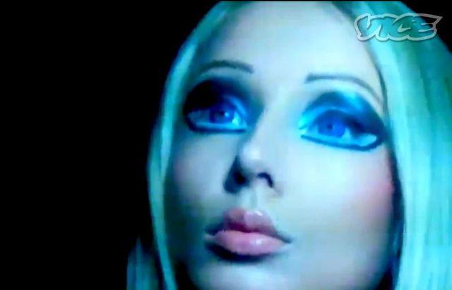 Nagrano dokument o �ywej Barbie (VIDEO)