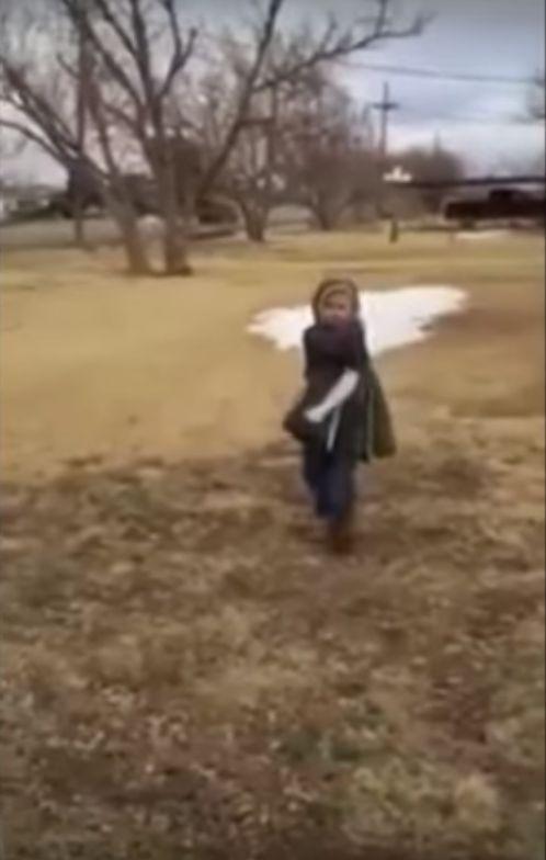 Wzruszaj�ce! Ch�opiec wita si� z odnalezionym psem (VIDEO)