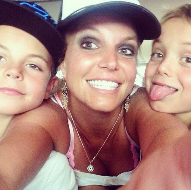 Britney Spears pokazuje swoje rodzinne oblicze (FOTO)