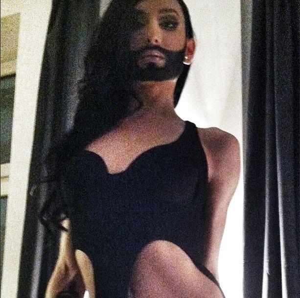 Conchita Wurst o dzieci�stwie, �lubie i dziewictwie