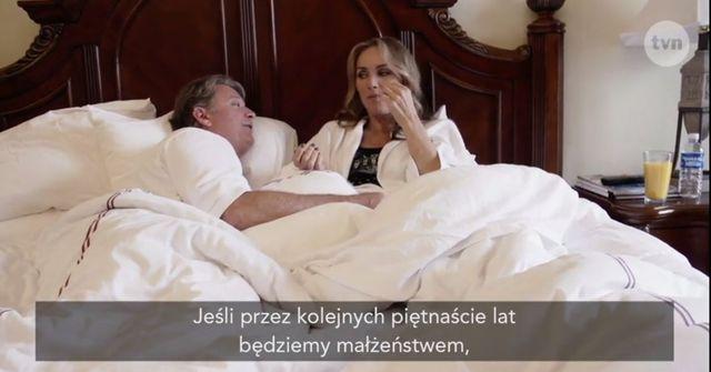 Jedna z Żon Hollywood pokazała nagą pupę (VIDEO)
