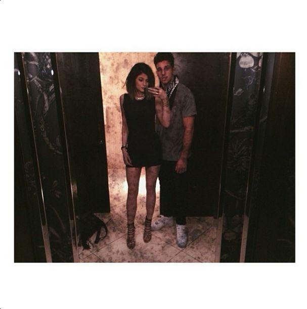 Kylie Jenner też retuszuje swoje zdjęcia? (FOTO)