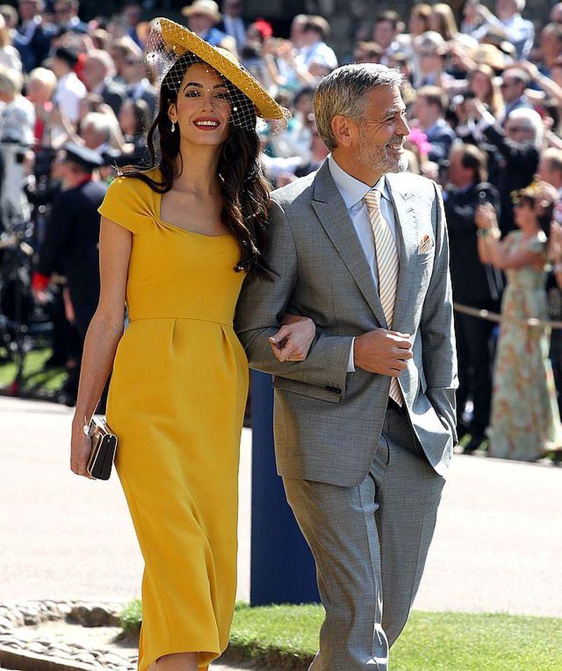 Meghan i Harry spędzili WAKACJE w luksusowej posiadłości Clooneyów (ZDJĘCIA)