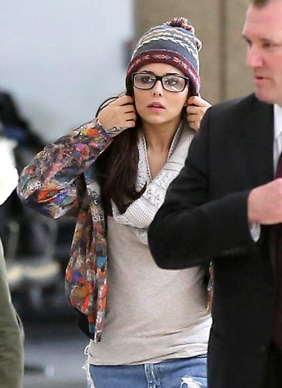 Cheryl Cole bez makijażu wypoczywa po imprezie (FOTO)