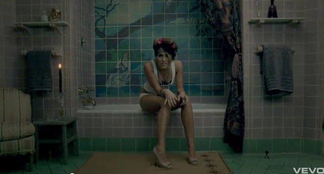 Miley Cyrus i jej seksualna otwarto�� (VIDEO)