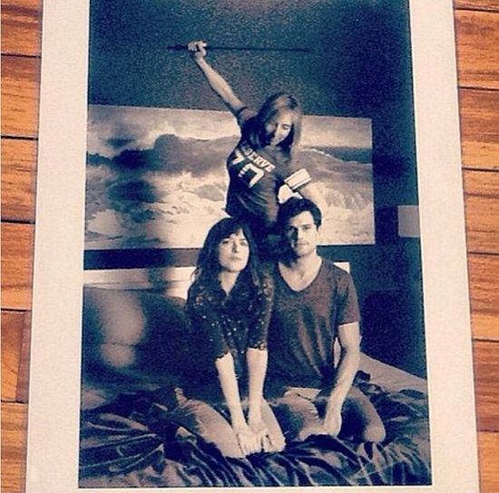 Dakota Johnson opublikowała nowe zdjęcia z 50 twarzy Greya