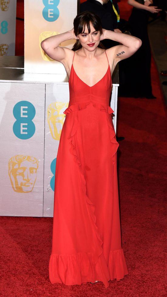 Dakota Johnson zakocha�a si� na planie filmu!